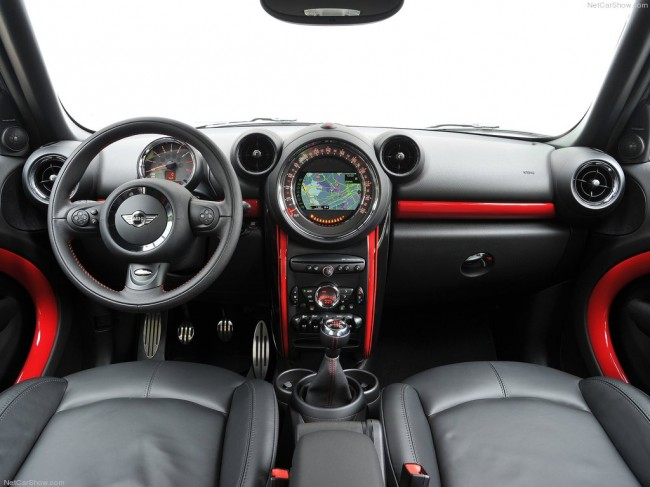 Фото салона MINI Countryman JCW
