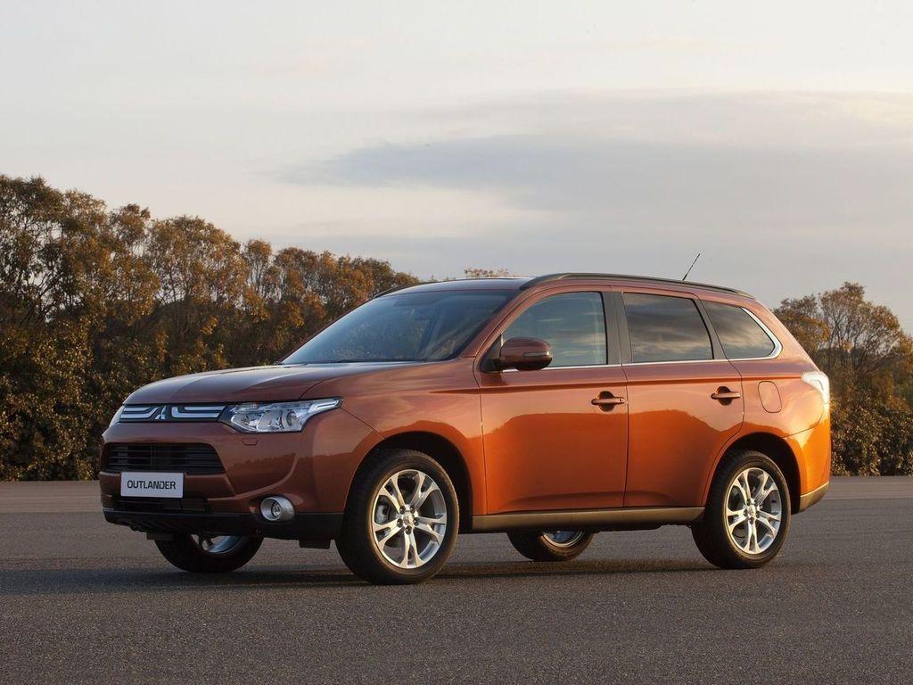 Mitsubishi Outlander 2013 - мировая …