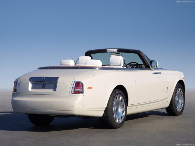 Rolls-Royce Phantom Drophead Coupe 2012