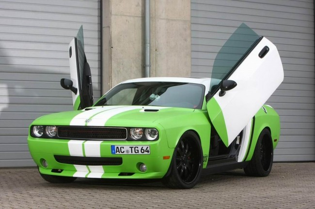 Dodge Challenger SRT8 от ателье CCG Automotive
