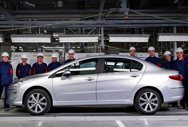Новый седан Peugeot 4 8 раскрылся перед премьерой