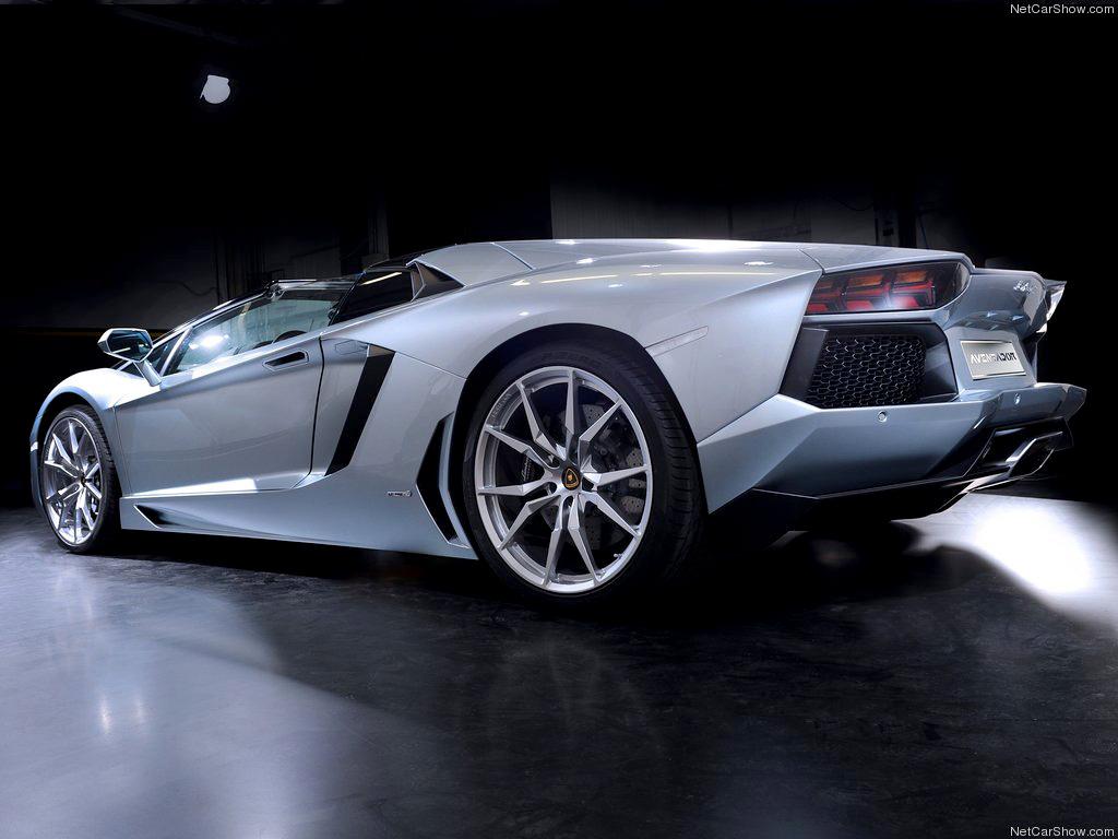 Фотографии Lamborghini Aventador Roa…