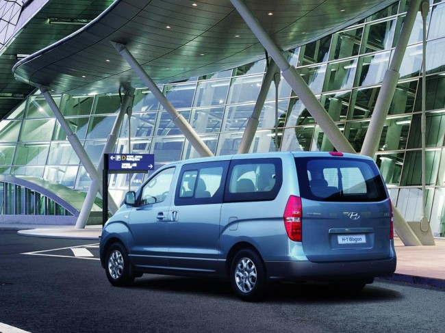 Volkswagen multivan или hyundai starex