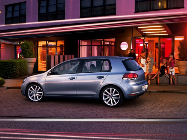Фото Volkswagen Golf 6 5D