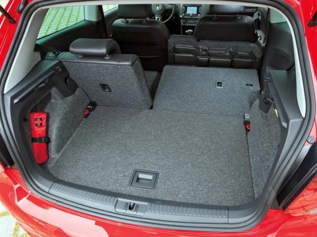 Багажник хэтчбека VW Polo 5 фото