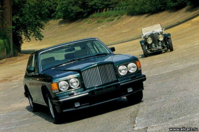 Седан Bentley Brooklands 1992-1998