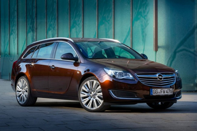 Универсал Opel Insignia Sports Tourer