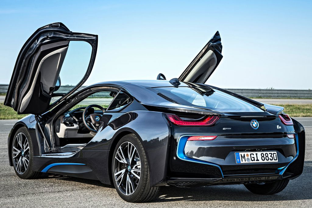 BMW i8 Spyder 2019 - фото, характеристика, цена рекомендации