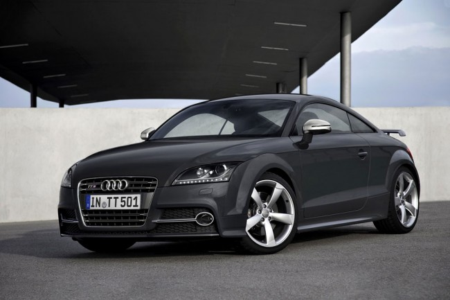 Фото Audi TTS Coupe Competition