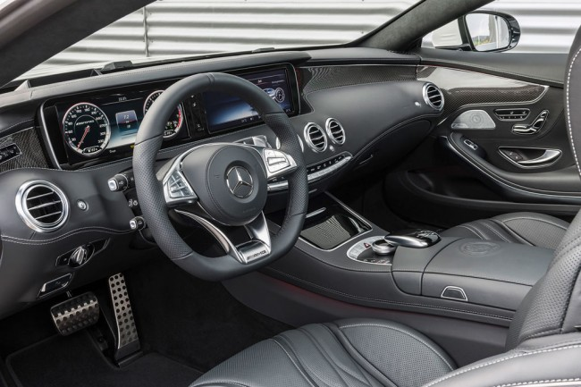 Фото салона Мерседес S63 AMG Coupe