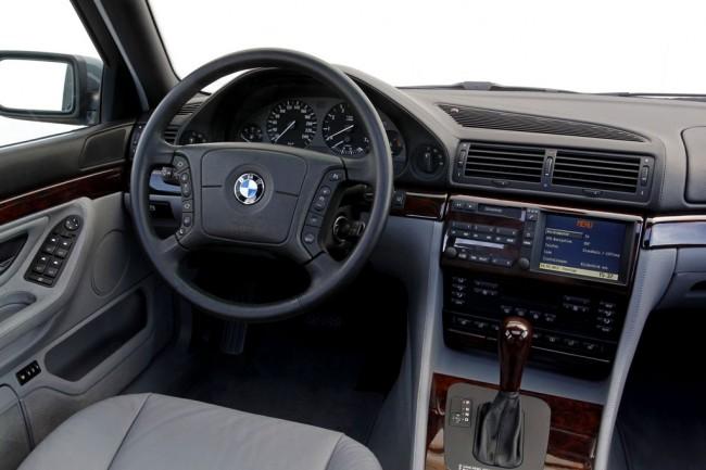 молдинг для BMW 7 e38