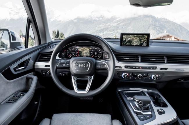 Автомобиль Audi Q7 2018