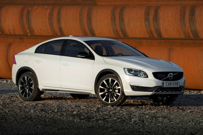 Volvo S60 Cross Country фото