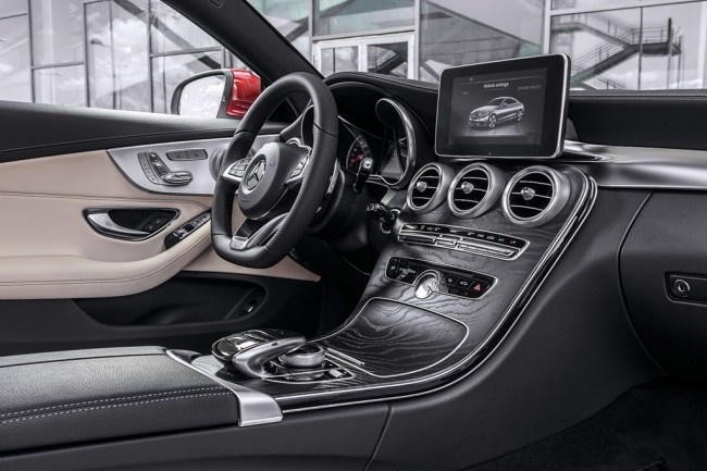 Фото салона Мерседес C-Class Coupe C205