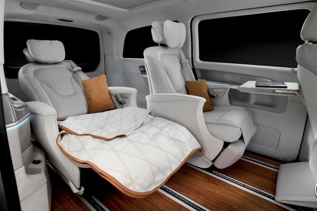 Интерьер Mercedes V-ision e Concept