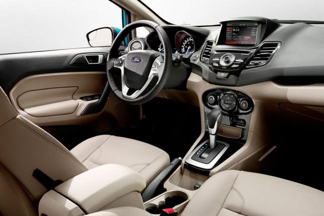 Салон Ford Fiesta седан