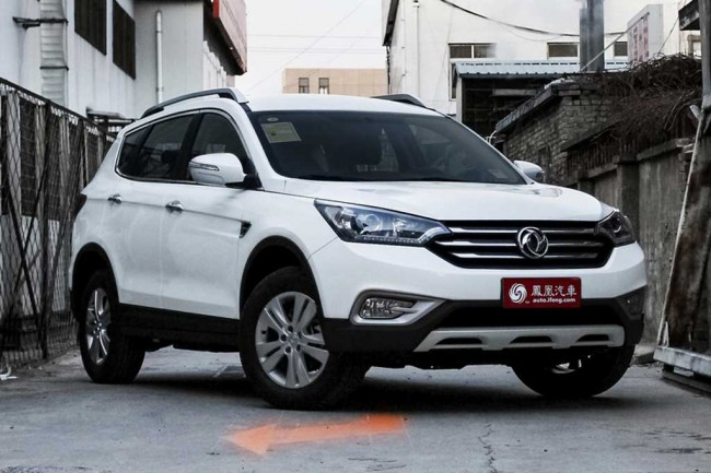 Dongfeng AX7 фото