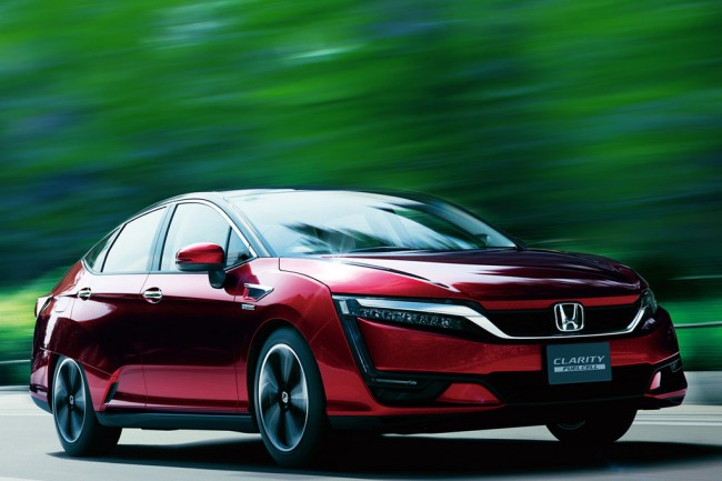 Водородная Honda Clarity Fuel Cell