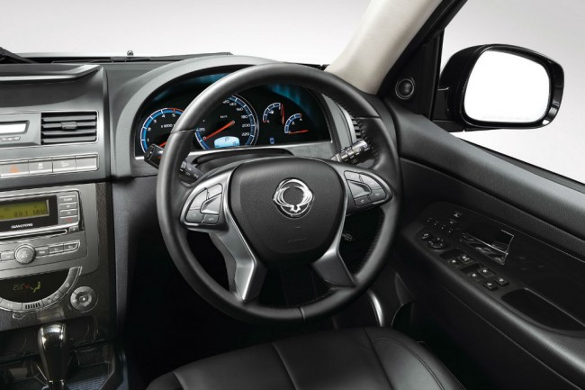 Салон SsangYong Rexton FL