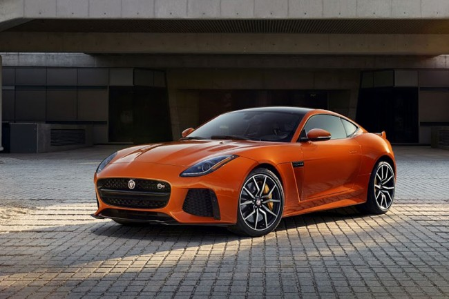 Jaguar F-Type SVR фото