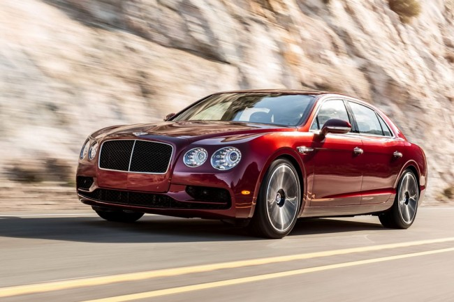 Фото нового Bentley Flying Spur S 2016