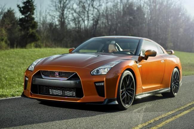 Обновленный Nissan GT-R 2017 года