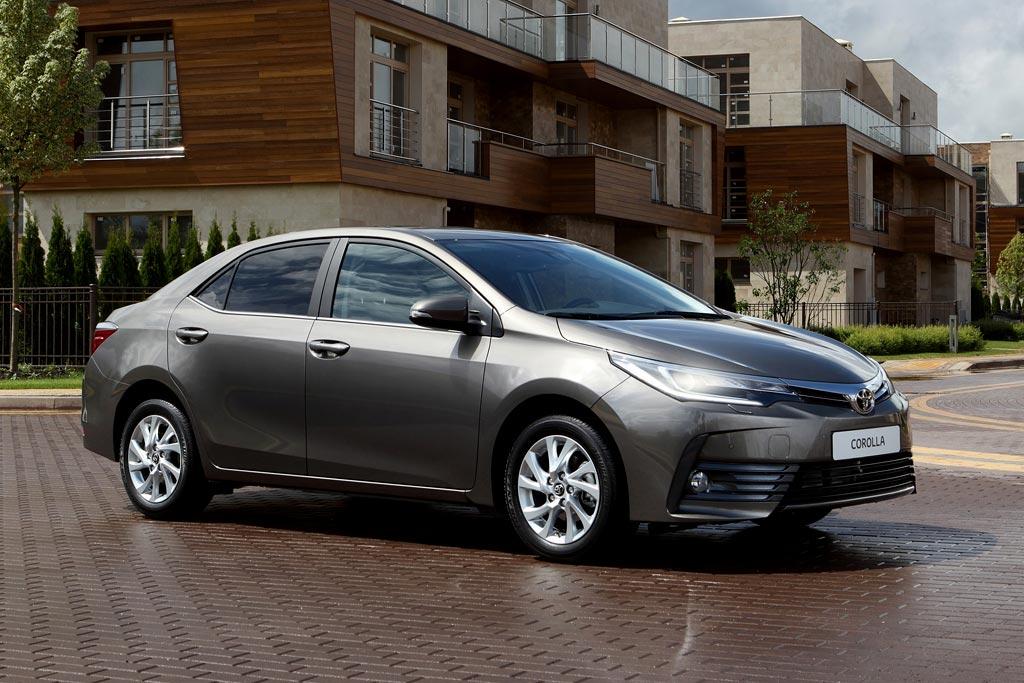Toyota Corolla 2017 в новом кузове