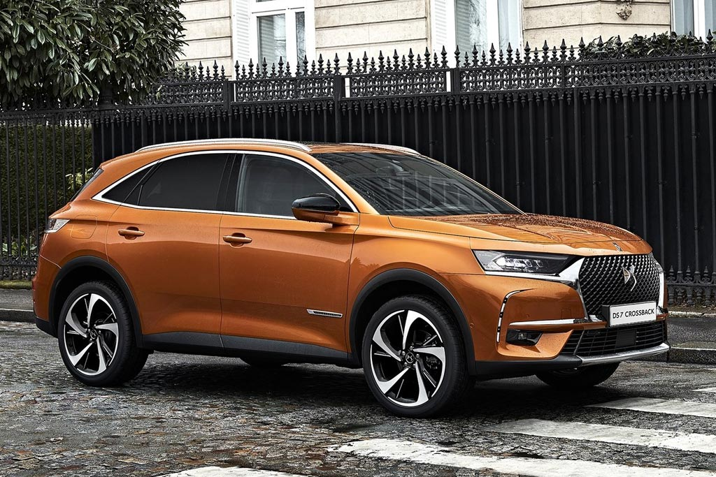 Флагманский паркетник DS 7 Crossback