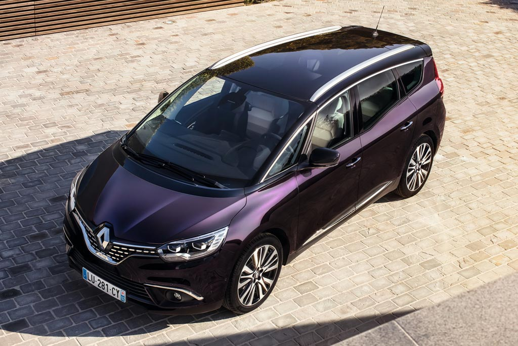 Renault Grand Scenic Initiale Paris