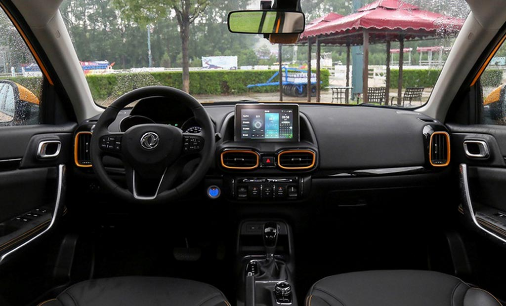 Салон Dongfeng Fengshen AX4