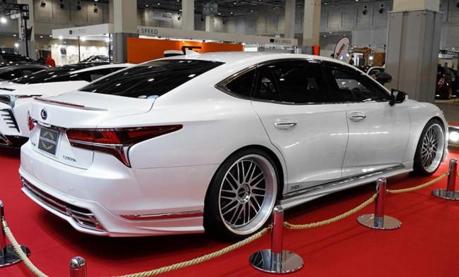 Lexus LS 500h от WALD