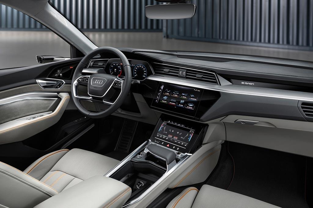 Audi E Tron 2018 2019 фото цена характеристики электрического
