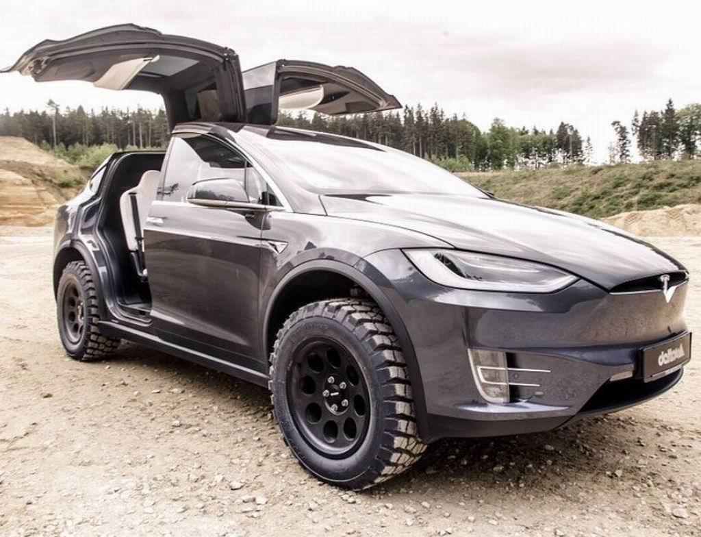 Tesla 3 2019 года картинки