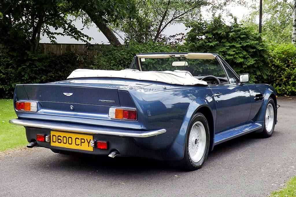 Раритетный Aston Martin Vantage Volante X-Pack продадут с молотка