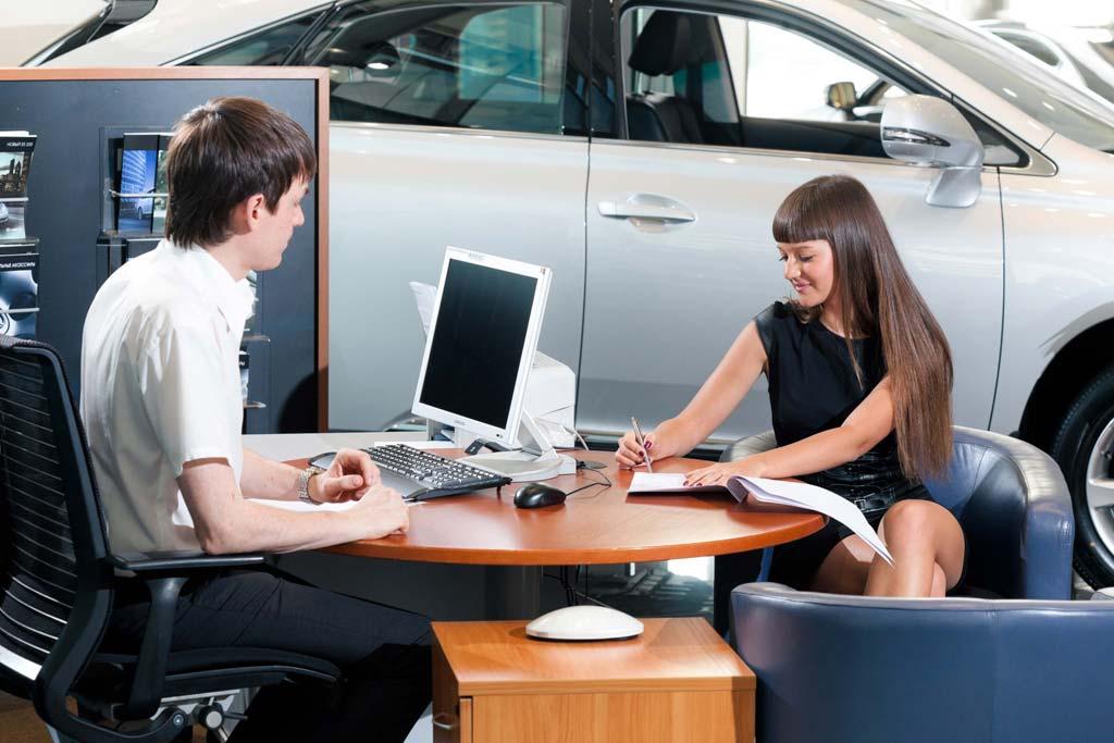Покупка б/у машины в автосалоне: не лучшая идея и вот почему