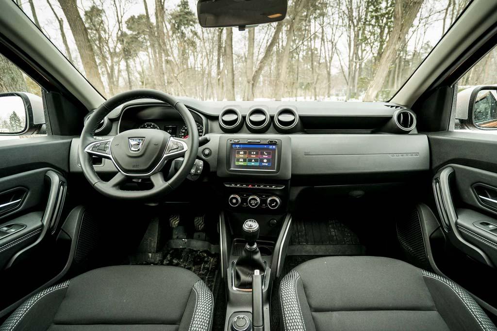 Салон Dacia Duster