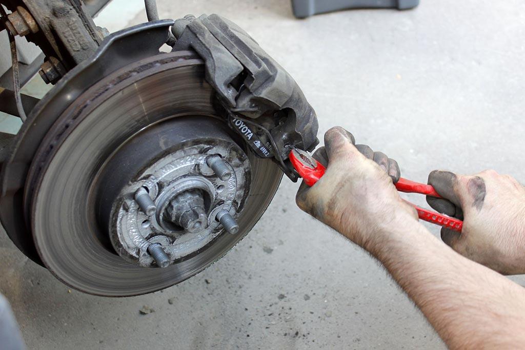 Бережем тормоза: что влияет на срок службы тормозных дисков?