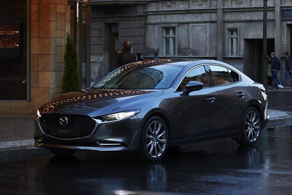 Смотреть Новая Mazda 3 2019: цена, фото, комплектации и характеристики, старт продаж в России видео