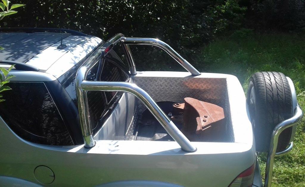 На eBay выставили шестиколесный пикап на базе старого Mercedes ML
