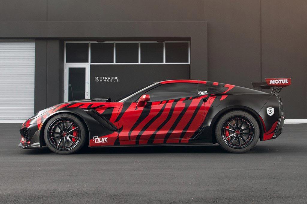 Strasse Corvette ZR1