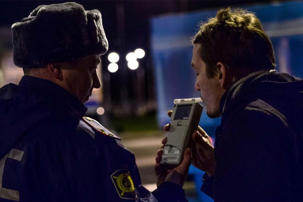 Водителям алкоголикам не скрыться: Минзрав и ГИБДД готовят единую базу