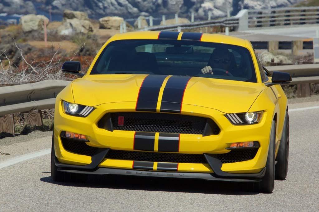 Дилеры Ford негодуют: делать скидки на авто им оказалось невыгодно