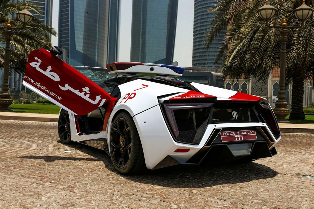 Полицейский Lykan HyperSport